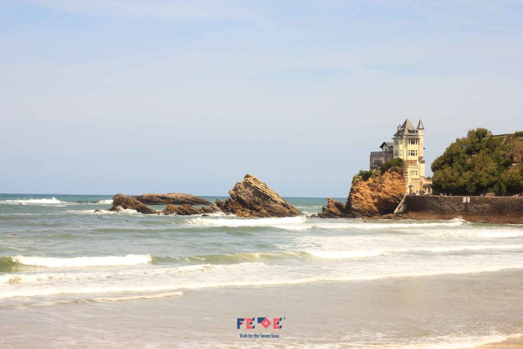 Biarritz by Fede Surfbags