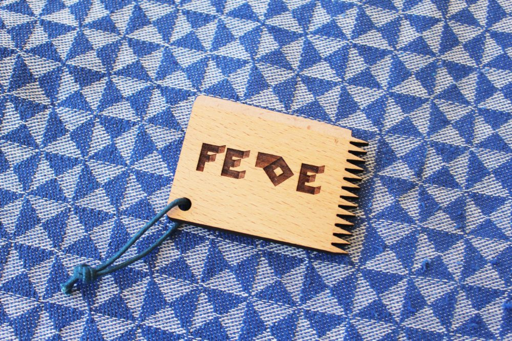 FEDE Wooden Surfboard Wax to keep your wax grippy and your feet on the board. It also take off your old wax. Made in Italy by Fede Surfbags.