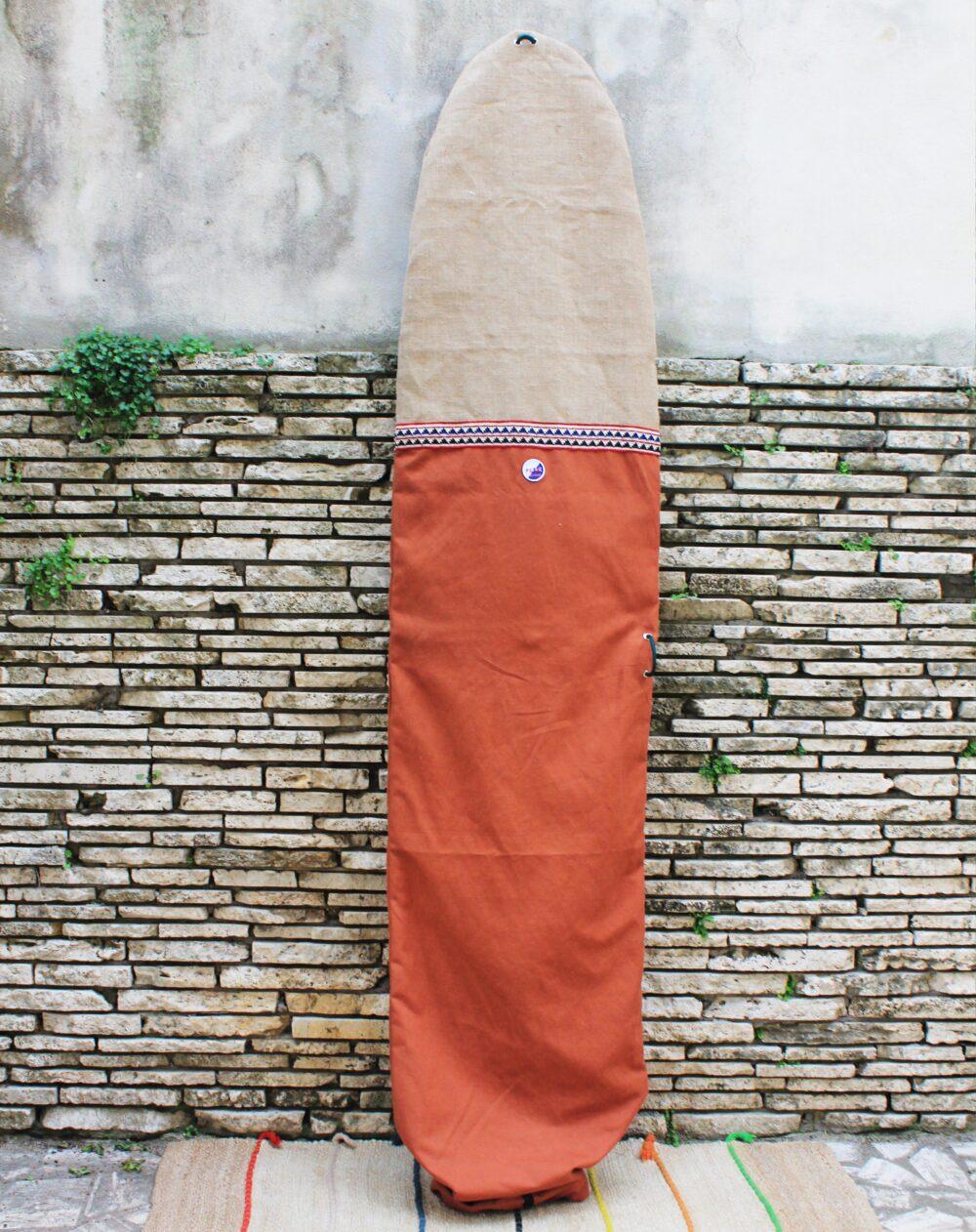 Sacca da surf longboard color ruggine in tela di cotone e canapa italiana. Surfboard bag made in Italy with cotton and hemp canvas.